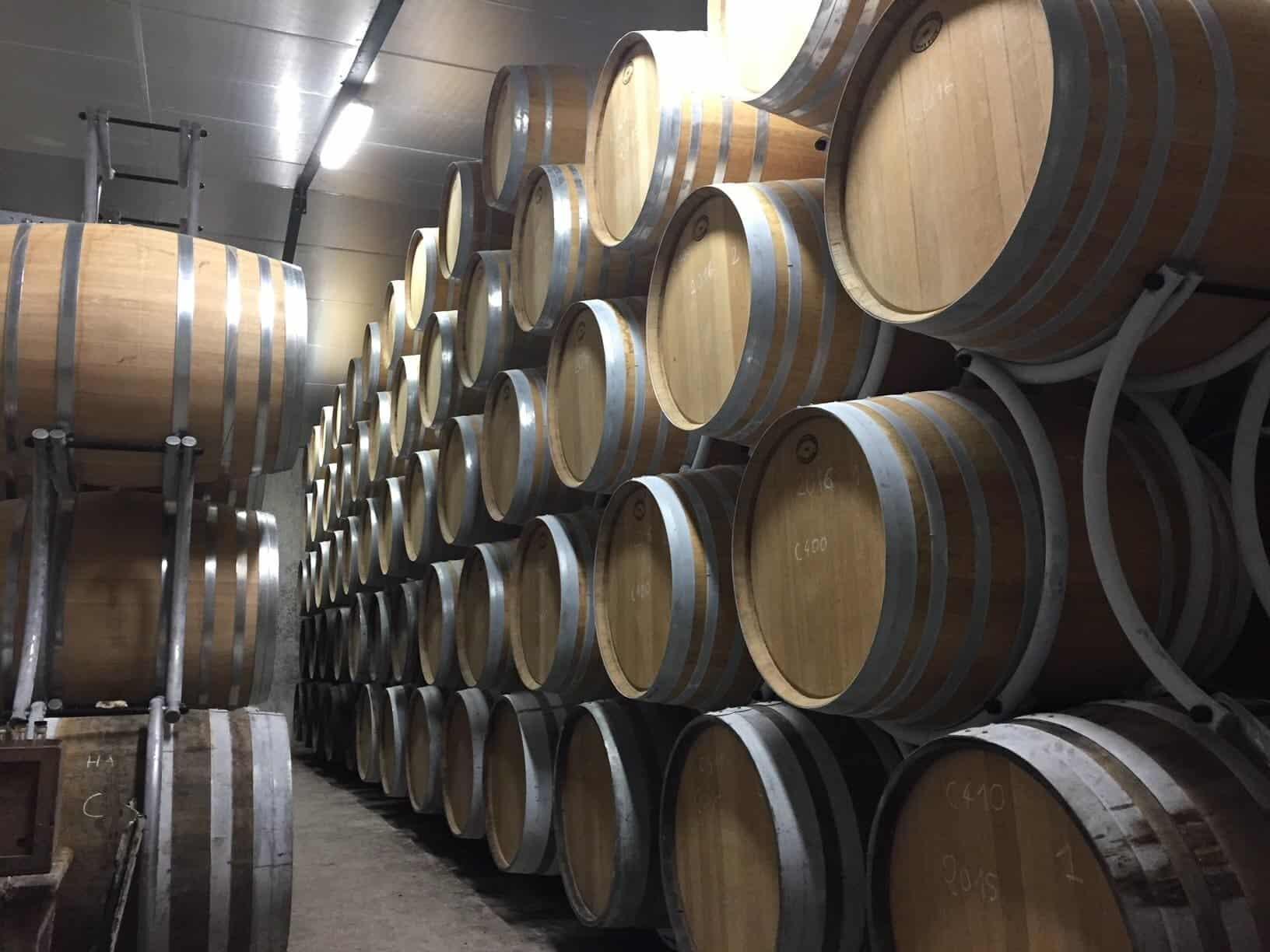 barrique chai de vieillissement Cognac